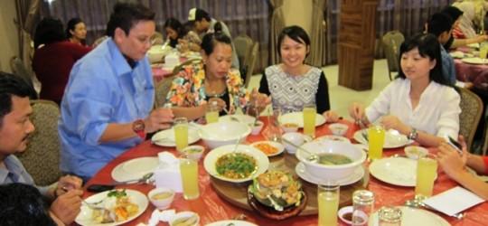 Buka Puasa Bersama MYOB End Users Batam di Nature Vegetarian Restaurant