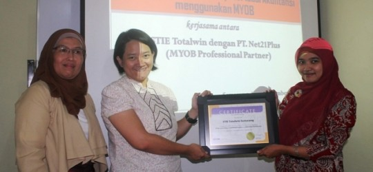 MYOB Hadir di STIE Totalwin, Semarang