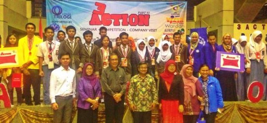 PT Net21Plus Hadir sebagai Juri di Trilogi Accounting Competition Part IV