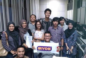 Sertifikasi MYOB Level Intermediate di STIE YKPN