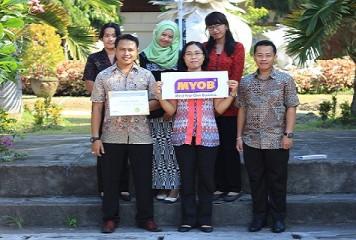 Training of Trainers MYOB di SMK Negeri 1 Klungkung, Bali