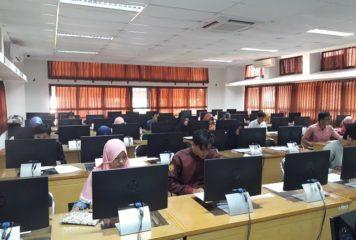 Workshop dan Sertifikasi MYOB Basic Level di Program Diploma Ekonomika dan Bisnis Sekolah Vokasi Universitas Gadjah Mada